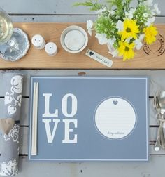 A 'Love Note'. Free printable paper placemats {The Pretty Blog}