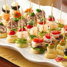 """Mini Appetizers~ the secret to simple holiday appetizers """"on a stick"""" that are sure to impress any crowd. Mini Appetizers, Holiday Appetizers, Appetizer Recipes, Appetizer Ideas, Appetizer Display, Simple Appetizers, Healthy Appetizers, Mini Aperitivos, Plats Ramadan"""