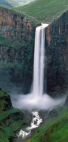 Semonthong Waterfall, Lesotho, Africa. I love waterfalls. Would like to see all great falls b4 I leave this place!!