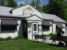 MANCHESTER, Vermont -Little Rooster Cafe
