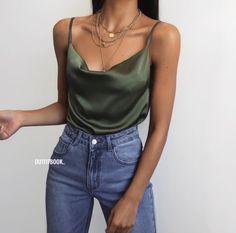 Top kaki effet satin à col bénitier – Dorm room ideas Fashion Mode, Look Fashion, Womens Fashion, Fashion Trends, Mode Outfits, Trendy Outfits, Fashion Outfits, Fashion Clothes, Mode Ootd
