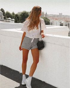 Grace Villareal, Platform Converse, Outfits With Converse, Festival Outfits, Summer Looks, Get Dressed, Baby Dress, Spring Outfits, Cool Outfits