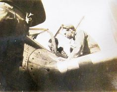 World War Two, United States Army Air Force (U.S.A.A.F.), 5th Photo Reconnaissance Group (07-04)