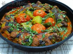 Beli Kırık Patlıcan Kebabı Turkish Recipes, Italian Recipes, Ethnic Recipes, Turkish Kebab, Eid Food, Baked Eggplant, Veg Dishes, Kebab Recipes, Fish And Meat