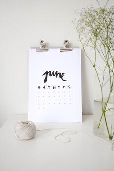 <3 DIY: Free printable calendar//print 2-4 per sheet on white cardstock, put on mini easel for desktop calendar =)