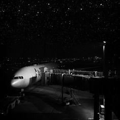 #nyc #newyork #usa #trip  #minimalist #iphone6 #VSCO #VSCOcam #VSCO_hub #VSCOfilm #VSCOfeature #city #instagoodMyPhoto #piclab #IphoneOnly #Architecture #landscape #landscapes #landscape_lovers #landscapestyle_gf  #landscapestyles_gf #landscapelovers #paisagem #landscaping #landscape_lover #monocromatico #blackandwhite #bw #airport by rafaelvelloso84