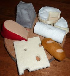 fromages en feutrine, chevre en feutrine,camembert en feutrine, valencay en feutrine, emmental en feutrine,gouda en feutrine