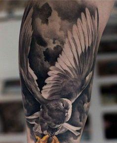 Schauen Sie 50 Tauben Tattoo Designs, die faszinieren! Die Taube ist der Vogel des Friedens, der Liebe und der Frömmigkeit.
