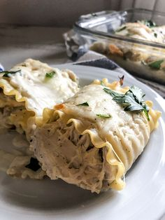 Jump to Recipe·Print Recipe Crack Chicken Lasagna Rollups – Make fun of the name if you wish but it is what it is! Delicious rolled up lasagna noodles stuffed with crack chicken, topped with some alfredo sauce and mozzarella cheese 7 smart points Chicken Lasagna Rolls, Crack Chicken, Weight Watchers Chicken, Weight Watchers Meals, Cod Recipes, Chicken Recipes, Chicken Meals, Seared Cod Recipe, Lasagna Recipe Roll Ups