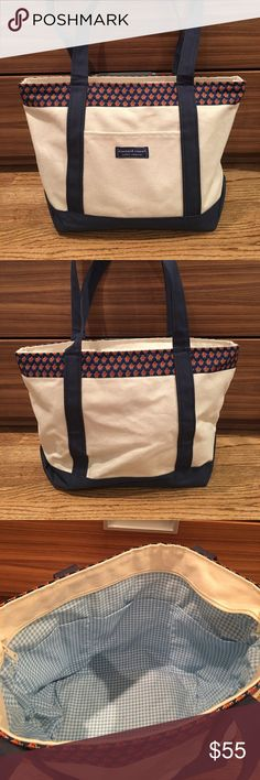 Vineyard Vines x Syracuse University Tote Bag Vineyard Vines large tote bag with Syracuse University orange men on the top lining. Used once or twice. Great buy! Vineyard Vines Bags Totes