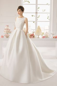 2015 Scoop Sexy Back A Line Beaded Bodice Satin Wedding Dress Chapel Trian USD 259.99 EPPP3E9X2Z - ElleProm.com