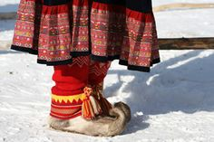 Footwear 'Nutukkaat' and Wrinkle (Warp-) shoes are made from which are made of reindeer legs receivables pulleys, or leg skins. Kola Peninsula, Shoe Designs, Samara, Folklore, Finland, Contemporary Design, Reindeer, Norway, Russia
