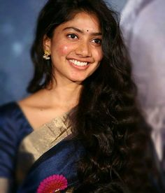 Image may contain: 1 person, closeup Gentleman Movie, Sai Pallavi Hd Images, Trisha Photos, Hema Malini, Saree Photoshoot, South Actress, Half Saree, Indian Beauty Saree, Cute Images