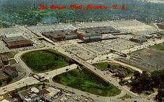 Bergen Mall, Paramus, NJ (the Mall if you're from Bergen County) Aerial view post card Jersey Girl, New Jersey, Garden State Plaza, Mall Stores, Back In My Day, Moving To Florida, Bergen County, Aerial View, Vintage Photos