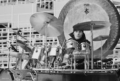 Carl Palmer in his office Brain Salad Surgery, Emerson Lake & Palmer, How To Play Drums, Snare Drum, Drum Kits, Drummers, Joy And Happiness, Music Stuff, Badass