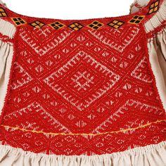 smock ciupag Transylvania Romania Folk Costume, Costumes, Transylvania Romania, Smocking, Crochet Top, Textiles, Embroidery, Knitting, Veronica
