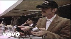 Music video by Tom Petty And The Heartbreakers performing Into The Great Wide Open. (C) 1991 UMG Recordings, Inc.