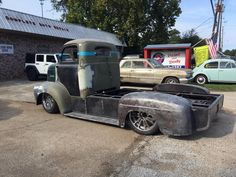 Ford COE, close look at flatbed. Pic 2