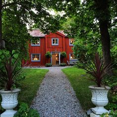 Ideas for house country exterior farmhouse Swedish Cottage, Red Cottage, Sweden House, Red Houses, Swedish Style, Scandinavian Home, Architecture Details, My Dream Home, Beautiful Homes