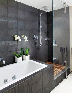 Znalezione obrazy dla zapytania prysznic z wanną