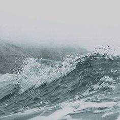 Stormy sea, ocean waves, wild and beautiful nature photography Stürmische See, Stormy Sea, Stormy Waters, Water Tribe, All Nature, Sea And Ocean, The Sea, Ocean Girl, Landscape Designs