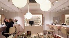 Nulty - Cosmetics á la Carte, London - Beauty Skin Tone Retail Lighting Design Flagship Store