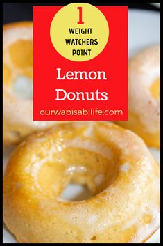 ONLY 1 POINT! Want to make Lemon Donuts at home? You have to try this recipe. These lemon doughnuts are so good you might eat the whole batch. But don't worry, they are only 1 point on Weight Watchers Weight Watcher Desserts, Weight Watchers Snacks, Weight Watchers Kuchen, Weight Watchers Meal Plans, Weight Watchers Breakfast, Donut Recipes, Lemon Recipes, Ww Recipes, Cooking Recipes