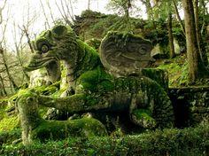 mystical park in Rome / Sacro Bosco