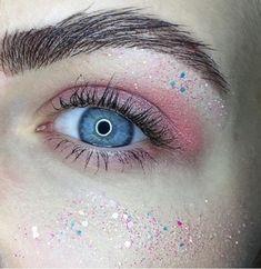 Ocean Blue Eyes, Eye Makeup, Art, Makeup Eyes, Art Background, Kunst, Eye Make Up, Performing Arts, Art Education Resources
