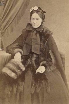 Civil War Era Woman in Hat & Furs - Fur Muff by Yeager Reading PA CDV