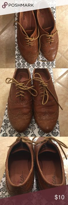 Volatile Davis shoes Very cute loafers in cognac. Volatile brand, Davis style Volatile Shoes Flats & Loafers