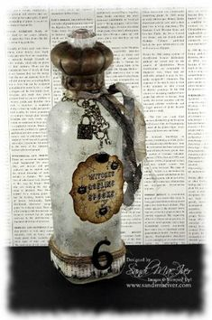 Toxic Treats Halloween Bottle by Sandi MacIver Halloween Potion Bottles, Halloween Apothecary, Halloween Labels, Halloween Treats, Halloween Diy, Halloween Decorations, Wine Bottle Crafts, Jar Crafts, Bottle Art