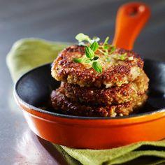 Hernerouhepihvit Salmon Burgers, Beef, Ethnic Recipes, Food, Meat, Essen, Meals, Yemek, Eten