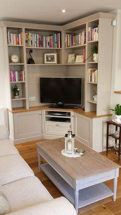 Corner Cabinet Living Room, Corner Tv Cabinets, Home Living Room, Apartment Living, Living Room Designs, Built In Tv Cabinet, Corner Tv Unit, Corner Furniture, Fireplace Built Ins