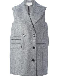 двубортное пальто без рукавов