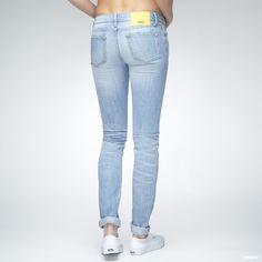 Jeans fra WeSC.