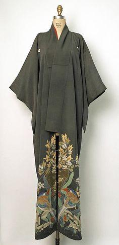 Silk kimono. Early 20th century (1900-1910). MET Museum (Gift of Miss Irene Lewisohn and Mrs. Alice Lewisohn Crowley, 1946)