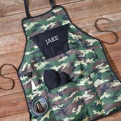 Personalized Deluxe Camouflage Grilling Apron | Guyville.com