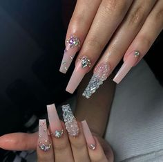 Nail Design Top 38 Nail Designs w - naildesign Bling Acrylic Nails, Aycrlic Nails, Best Acrylic Nails, Glam Nails, Rhinestone Nails, Acrylic Nail Designs, Nail Art Designs, Nails Design, Rhinestone Nail Designs