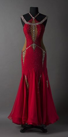 dore designs Red and silver