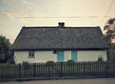 szlaki i bezdroża: Swarzewo - najstarsza chata we wsi