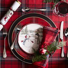 Make the holidays bright with classic tartan table linens – a festive favorite since Victorian times. Our versatile red plaid napkins display a rich, yarn-dyed pattern that complements a wide variety of seasonal dinnerware patterns. Christmas Dinner Set, Christmas Dishes, Plaid Christmas, Christmas Holidays, Christmas Wreaths, Christmas Kitchen, Christmas Ideas, Christmas China, Advent Wreaths