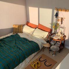 Room, Aesthetic Room Decor, Room Ideas Bedroom, Interior, House Rooms, Home Decor, Room Inspiration, House Interior, Room Inspo