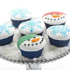 Winter Cupcakes | Winter Cupcakes Using Winter Cupcake and Cookie Texture Tops