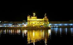 Harmandir Sahib in Amritsar, Punjab India
