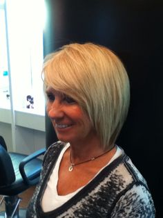 #Majiblond #color with a great bob #Haircut !