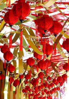 Japanese Party Ideas | round the world.1170914400.004 chinese new year decorations
