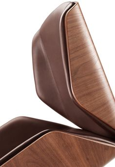 KI Blu Sky Collection: the 200 Series Swivel Chair. Eames-inspired design with modern design cues, the 200 Series seating collection weds hand-worked craftsmanship with state-of-the-art production techniques to deliver classic style that is within the reach of most designers and users.