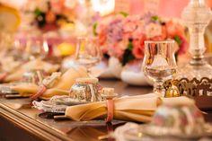 """Louça da mesa de convidados.Chá de panela com tema """"Maria Antonieta"""""""
