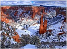 Snow on the red rocks of the Canyon de Chelly, in the Navajo Nation, Arizona